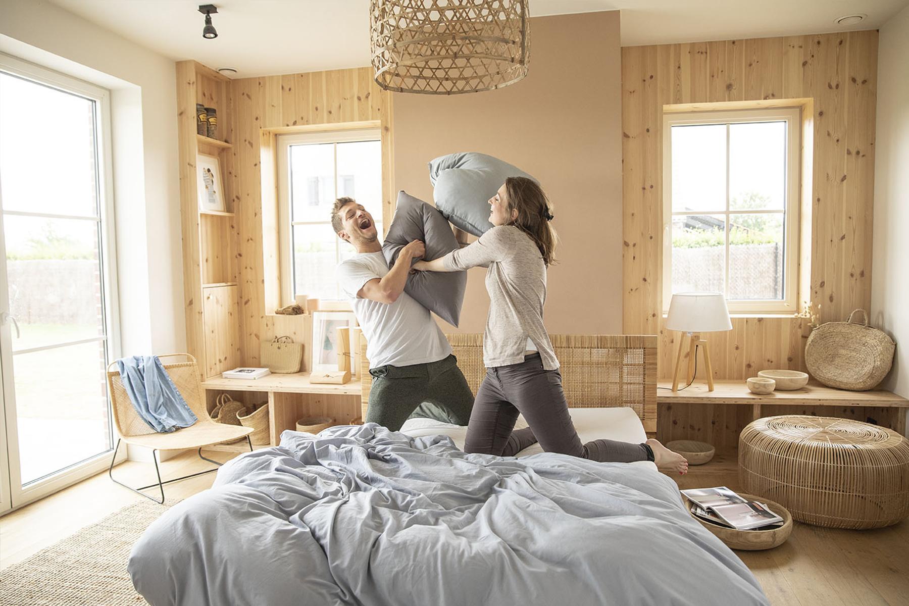 Quel plaisir de faire une bataille d'oreiller sur un lit Ilobed !
