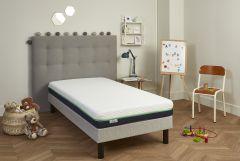 literie enfant / ado + sommier kit dans sa chambre